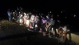 Suriye'den Kıbrıs'a botla geçmek isteyen mülteciler yakalandı