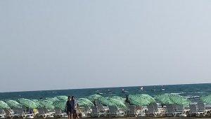 Yenilenen Burnaz Aile Plajı hizmete açıldı