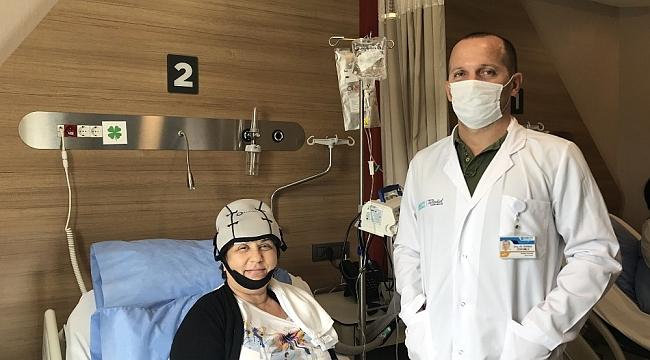 Elle meme muayenesinde kanseri yakaladılar: Üç kadın, üç hikaye