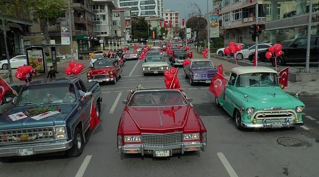 Kadıköy'de klasik otomobillerden 29 Ekim'de 'Daima Cumhuriyet' konvoyu