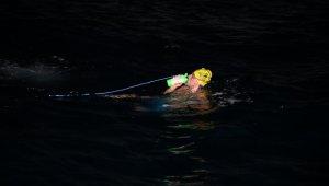 Milli Yüzücü Emre Seven ilk kulacını attı