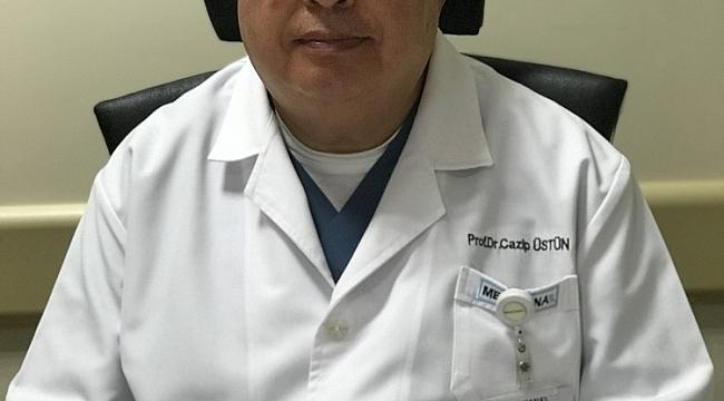 """Prof. Dr. Üstün: """"Menopozla birlikte görülme sıklığı artan hastalıklara dikkat"""""""