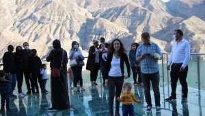 Tortum Şelalesi Erzurum'un gözdesi oldu