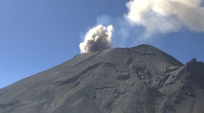 Meksika'da Popocatepetl Yanardağı harekete geçti
