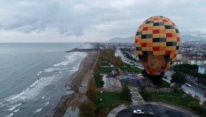 Ordu semaları balonla renklendi