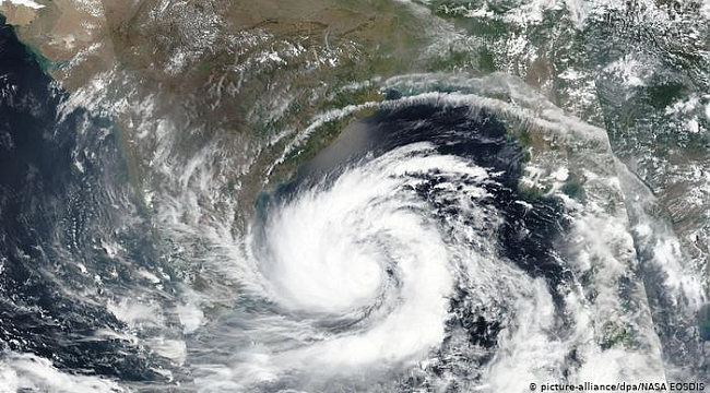 Vamco tayfunu Filipinleri vurdu