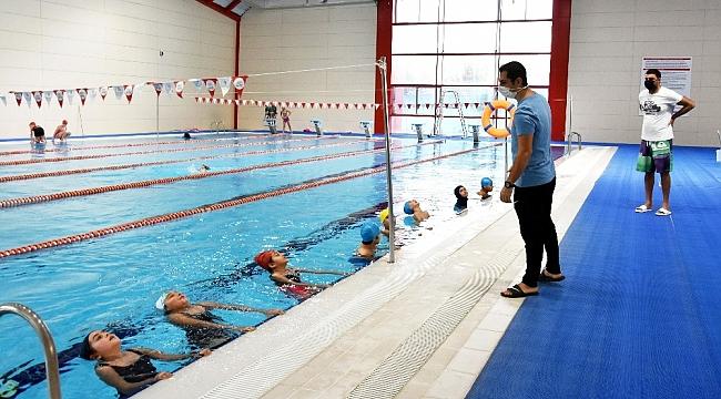 Bu proje ile çocuklar yüzme öğreniyor