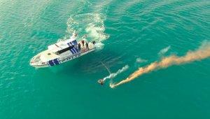 Deniz Polisi'nden nefes kesen kurtarma tatbikatı