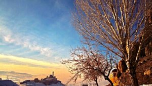 Ağrı'da kış manzarası göz kamaştırıyor