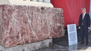 Anıtkabir Mozolesinde bulunan 'Osmaniye Kırmızısı' mermerin örneği sergilendi