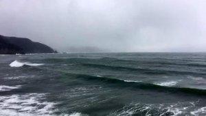 Bartın'da batan gemide 5 kişi kurtarıldı, 2 kişinin cansız bedeni bota alındı