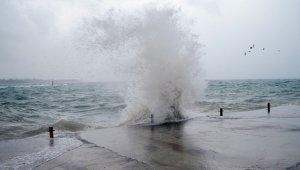 Doğu Akdeniz için yağmur ve fırtına uyarısı