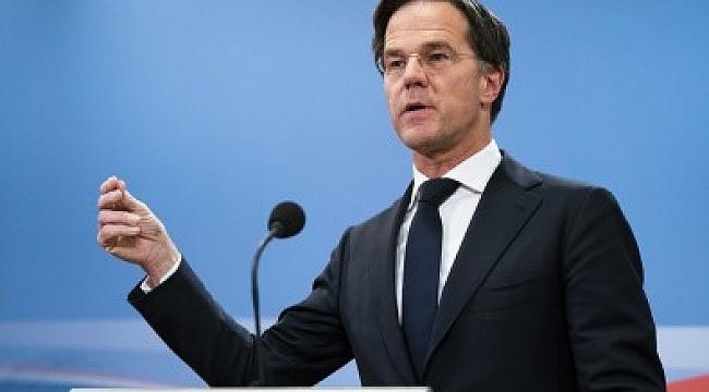 Hollanda'da hükümet, çocuk bakım ödeneği skandalı sonrası istifa etti