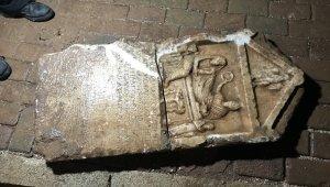 İnşaattan 2 bin yıllık mezar taşı çıktı