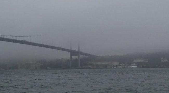 İstanbul Boğazı'nda sis nedeniyle gemi geçişleri çift yönlü askıya alındı