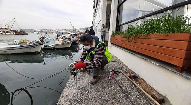 Kuşadası Balıkçılar barınağındaki mapalar yenilendi