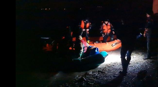 Mahsur kalan balıkçıları AFAD kurtardı