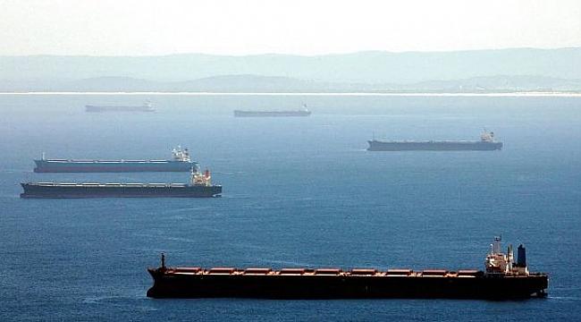 48 geminin bekleyişi devam ediyor: 1000 denizci mahsur kaldı!