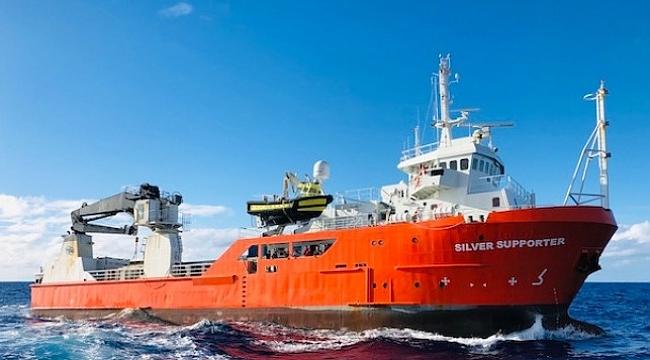 Denize düşen çarkçıbaşını 14 saat sonra kendi gemisi kurtardı!