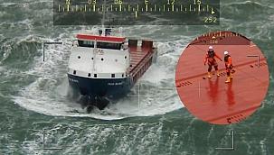Sürüklenen Hollandalı yük gemisinde faciayı kurtarma römorkörü önledi!