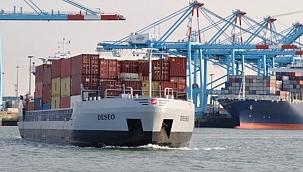Uzaktan kumanda edilen mavna Zeebrugge'den Antwerp'e konteyner taşıyor!