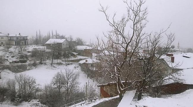 Bursa'nın dağ yöresi beyaza büründü