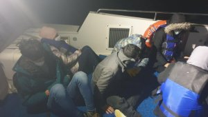 Çanakkale açıklarında 7 mülteci kurtarıldı