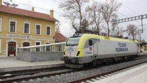 Konya-Karaman Yüksek Hızlı Tren Hattında test sürüşleri devam ediyor