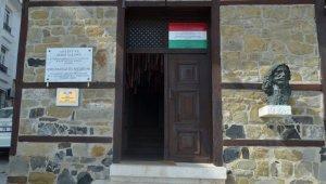 Korona virüs Osmanlı'ya sığınan Macar Kralı'nın müzesini de vurdu: Sadece 6 yabancı turist ziyaret etti