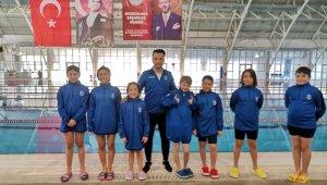 Minik yüzücülerden Türkiye birinciliği