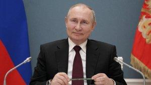 Rus Duması, Putin'in yeniden devlet başkanlığına aday olmasını sağlayan yasayı kabul etti
