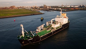 Shell LNG ikmal filosunu genişletiyor!