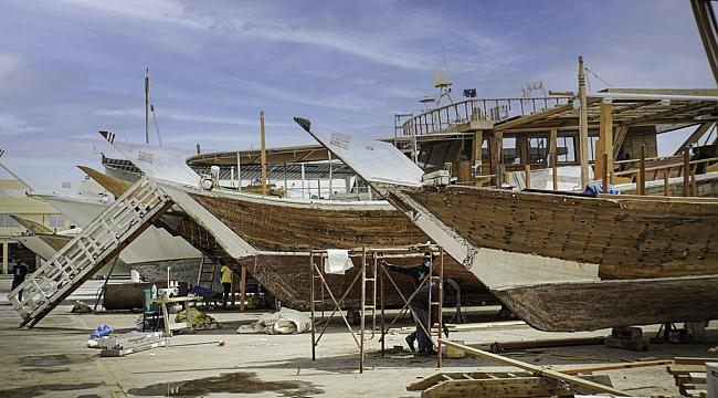 Katar, tarihi Arap yelkenlilerini yenilemek için proje başlatıyor!