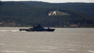 Rus savaş gemisi 'Dmitry Rogachev' Çanakkale Boğazı'ndan geçti!