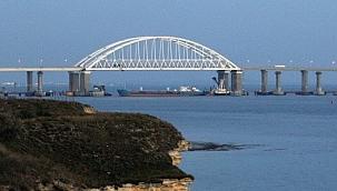 Rusya, Kerç Boğazı'nı altı aylığına kapatıyor: Ukrayna'ya ait gemilerin geçişi durduruldu!