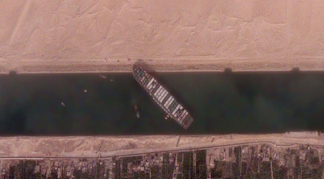 Süveyş Kanalı'nın genişletilmesi değerlendiriliyor!