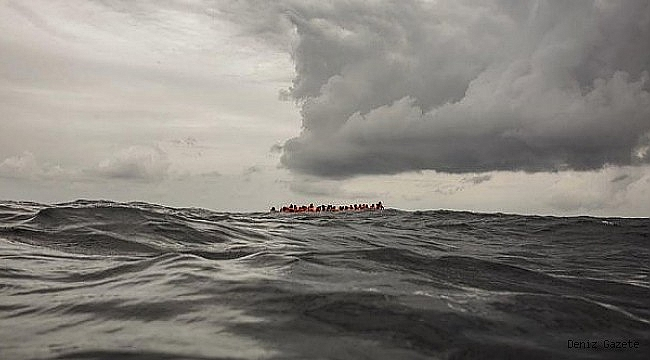 Tunus'ta göçmen teknesi battı: 20 ölü