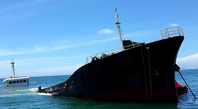 Vietnam bayraklı gemi Çin Denizi'nde battı: 1 kayıp!