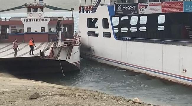 Elazığ'da fırtınada sürüklenen feribotlar çarpıştı!