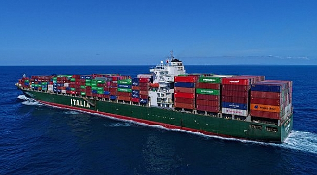 Gemi kaptanı Hint Okyanusu'nda öldü, Singapur girişi reddetti!