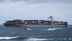 Hindistan'dan kalkan konteyner gemisi yanaşacak liman bulamadı!