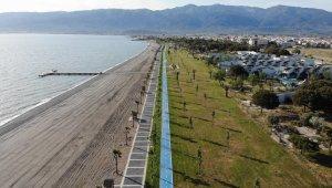 Plajlar ve sahiller bayramın birinci gününde boş kaldı!