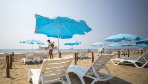 Mersin'de plajlar yaza hazırlanıyor
