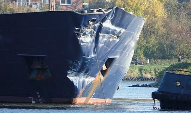 Kiel kanalında ters yönde seyreden iki gemi çarpıştı!