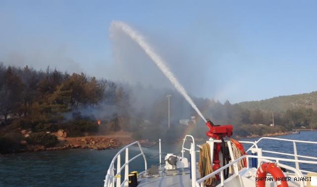Orman yangınına römorkörlerle denizden müdahale! (Video)