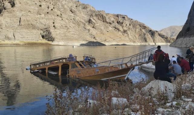 Elazığ Valiliği batan tekne ile ilgili inceleme başlattı!