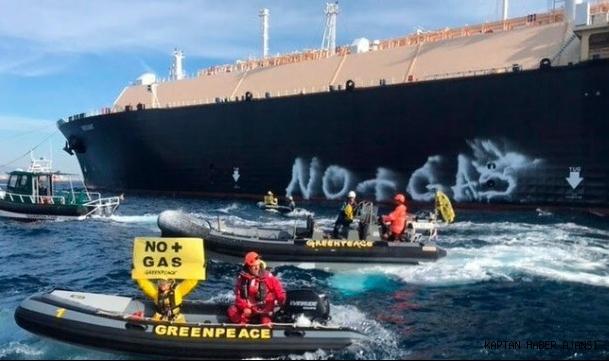 Greenpeace gaz terminalini bloke etti: ''İklim katillerini durdurmanın zamanı geldi!''