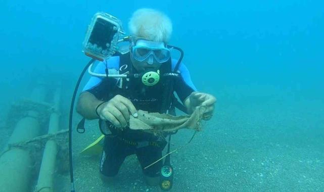 Konyaaltı Sahili'nde deniz dibindeki çöpler şaşırttı!