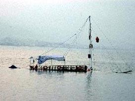 Çin'de tekne battı: 3 kişi kayıp