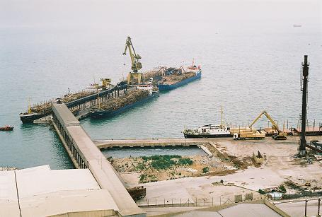 İGSAŞ İşçileri Liman Kapatti